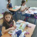 Prywatna szkoła podstawowa - praca na lekcji