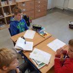 Uczniowie w trakcie zajęć