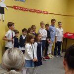 Występ uczniów podstawówki