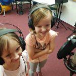 Wizyta uczniów SP Edukacja w studio nagrań