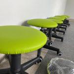 Krzesła do nowej klasy w SP