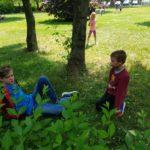 Dzieci obok SP Edukacji